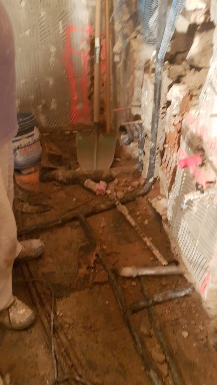 20170309 150739Medium - Renovierung des Badezimmers in der Wohnung