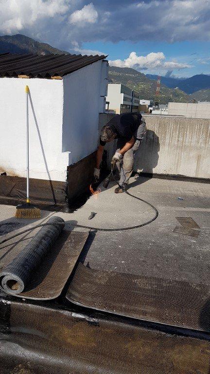 isolamento bolzano20161018 152944Medium 1 - Isolamento soffitto Cantiere in Zona Industriale Bolzano