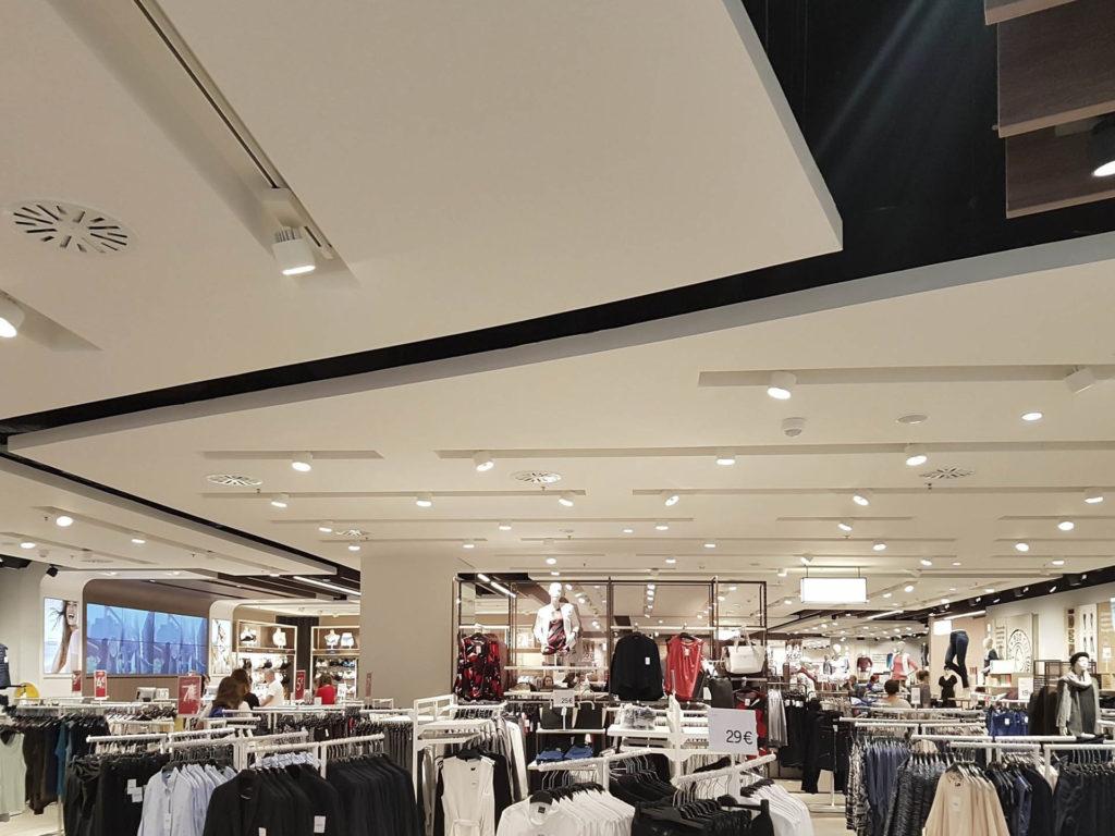 ristrutturazione negozio kalvin klein tommy hilfiger20170909 153836 1024x768 - Ristrutturazione Negozi Tommy Hilfiger e  Calvin Klein