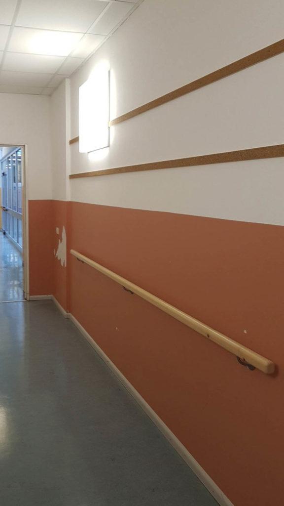 ristrutturazioni scuola pestalozzi20160824 081158Medium 1 576x1024 - Tinteggiatura pareti Scuola Elementare Pestalozzi