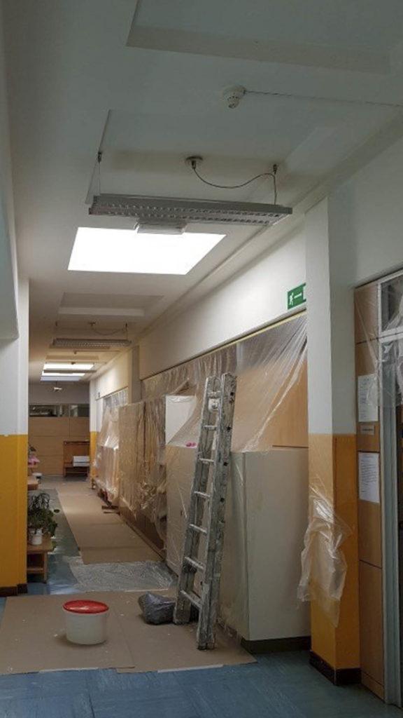 ristrutturazioni scuola pestalozzi20160825 144618Medium 576x1024 - Tinteggiatura pareti Scuola Elementare Pestalozzi