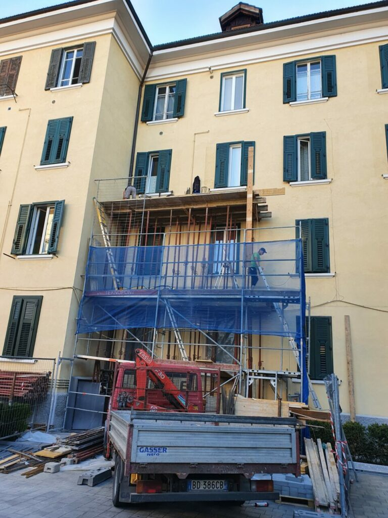 20200806 074548 768x1024 - Baustelle Triestestr. Bozen Balkone