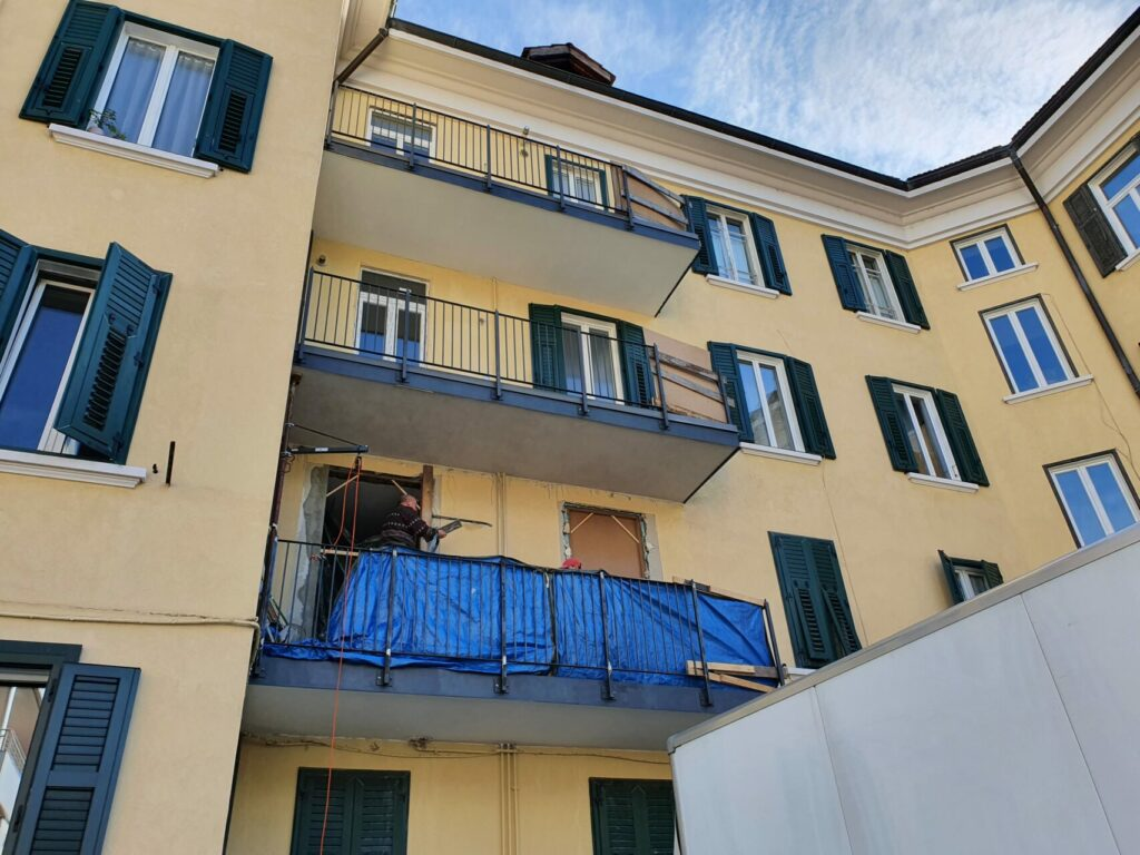 20201028 111734 1024x768 - Baustelle Triestestr. Bozen Balkone