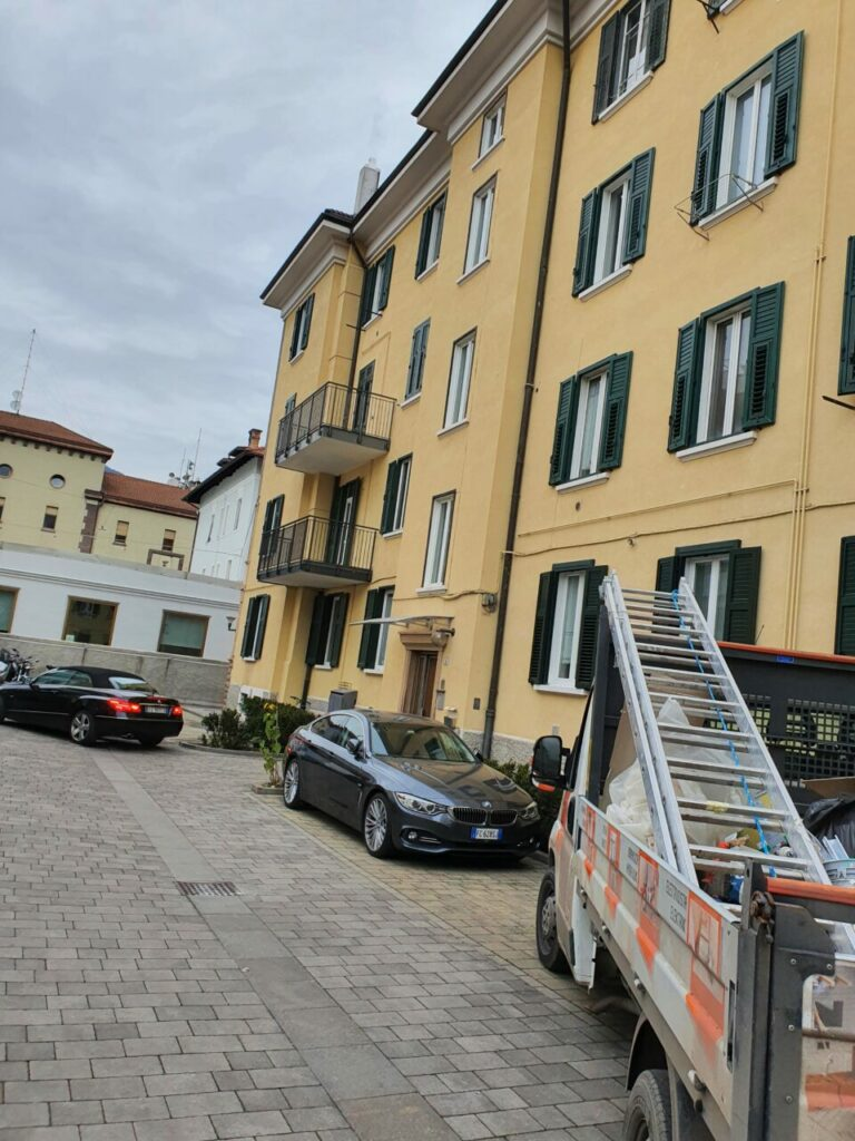 20201221 141133 768x1024 - Baustelle Triestestr. Bozen Balkone