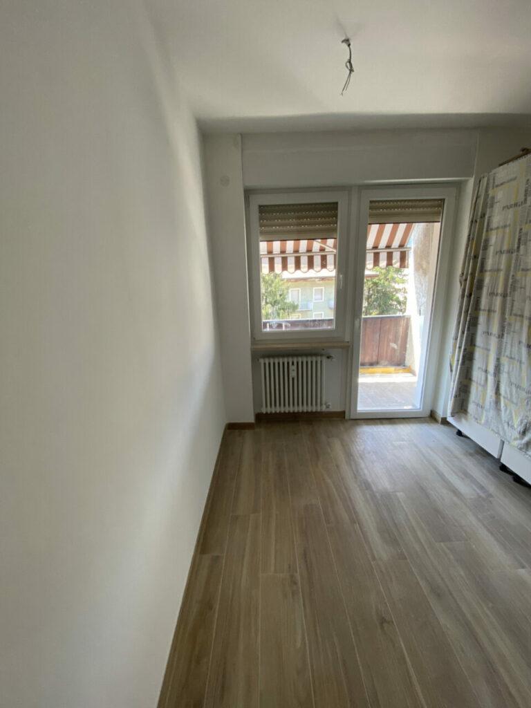 Wohnung über Kennedy Leives Restrukturierung AnyConv.com IMG 9837