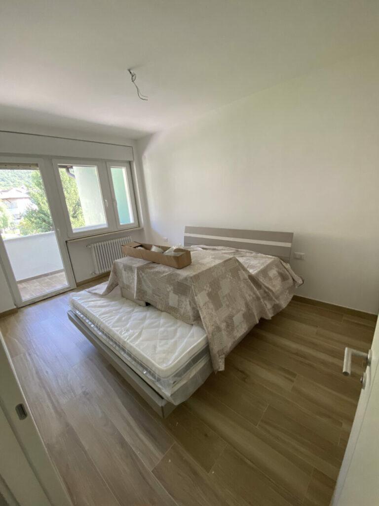 Wohnung über Kennedy Leives Restrukturierung AnyConv.com IMG 9842